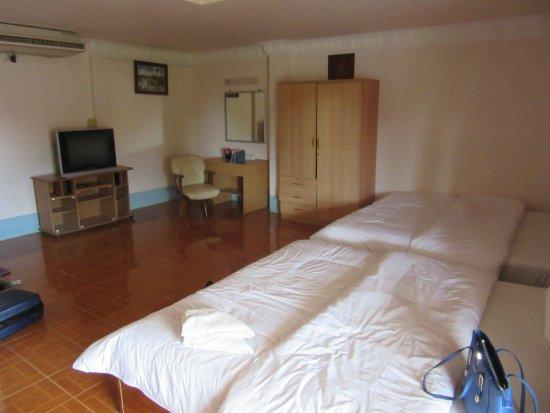 Asian Koh Kong Hotel: Zeer ruime kamer