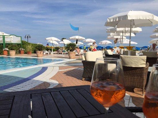 Park Hotel Brasilia: Aperol Sprizz am Pool