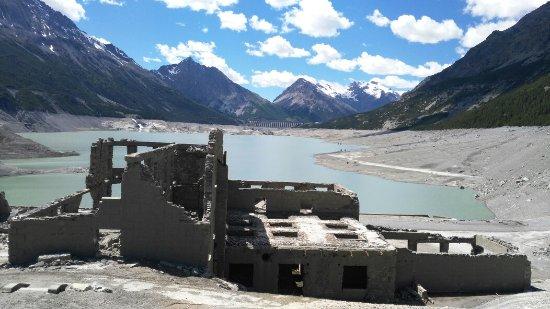 Laghi di cancano picture of laghi di cancano bormio for Immagini di laghetti