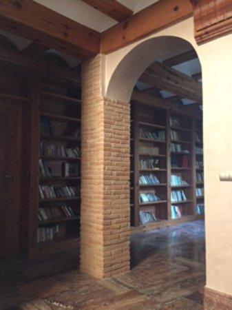 Villalonga, Spain: Biblioteca