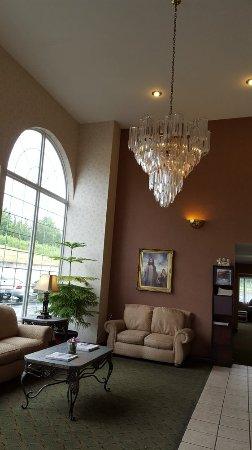 Angel Inn Central: Lobby