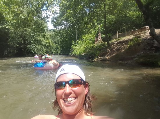 Wilderness Cove Tubing & Campground: We had a blast!  So much fun I'll be back next weekend!