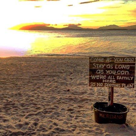 Dos Palmas Island Resort & Spa: beach