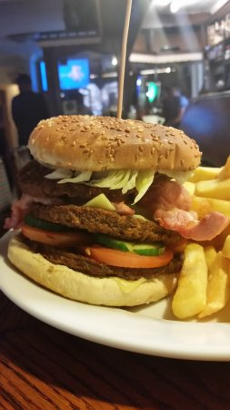 Scarriff, Ireland: The triple burger and chips
