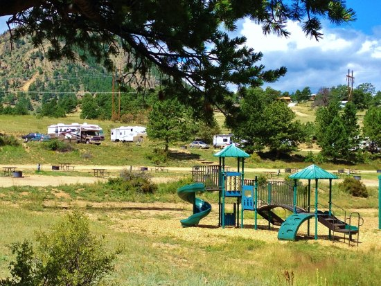 Mary's Lake Campground: Great for kids
