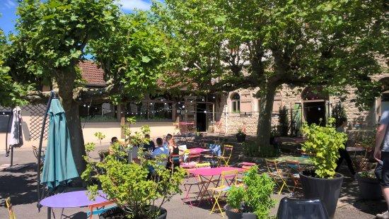 Restaurant La Cour De Recre St Martin Du Mont