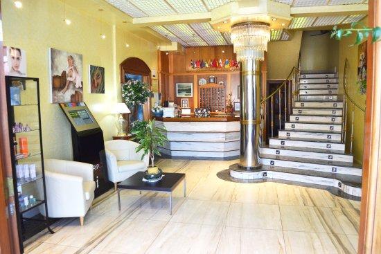 Hotel Arillo: Recepcion del Hotel