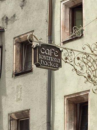 Cafe Konditorei Hacker: Hacker