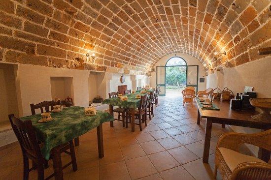 Masseria Fracchicchi: Sala colazione