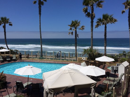 Pacific Terrace Hotel: A picture is worth a thousand words.