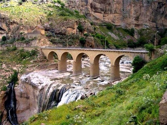 Constantine, Algeria: Pont des Chutes