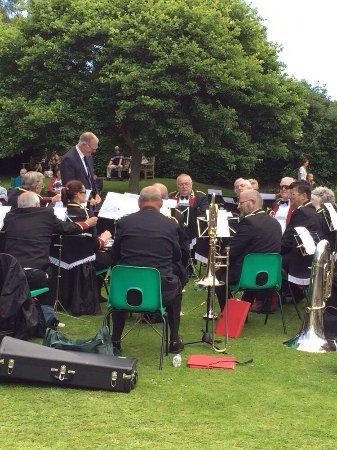 Golden Acre Park : Yorkshire Brass Band