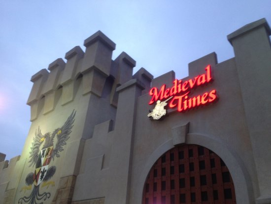 Medieval Times Maryland Castle: Medieval Times - front of building