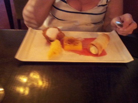The leamon dessert, sorry about the picture quality
