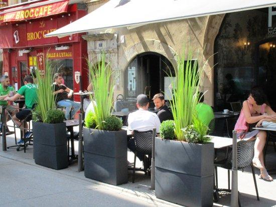 Terrasse picture of le f2 cafe comptoir coworking lyon tripadvisor - Le comptoir des fees lyon ...