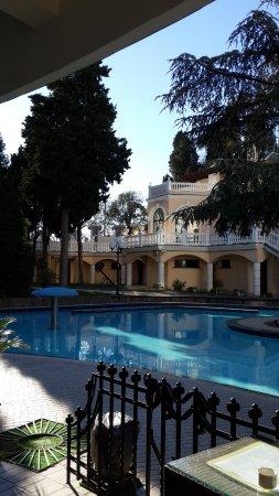 Hotel Oreanda: Бассейн во дворе отеля