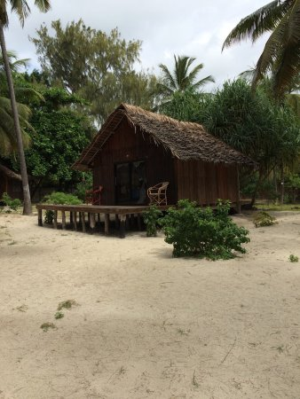 Kinazi Upepo Beach Hotel