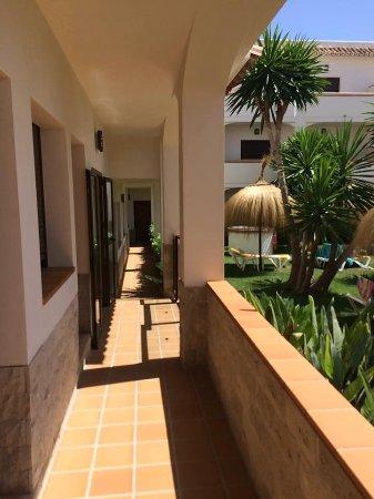 Hotel Tarik: Room Corridor by pool area (Ground Floor)