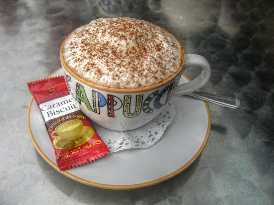 Peppers Coffee Lounge: Cappuccino