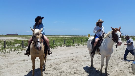 Galveston Island, TX: Returning from the ride. Wishing to go back out!