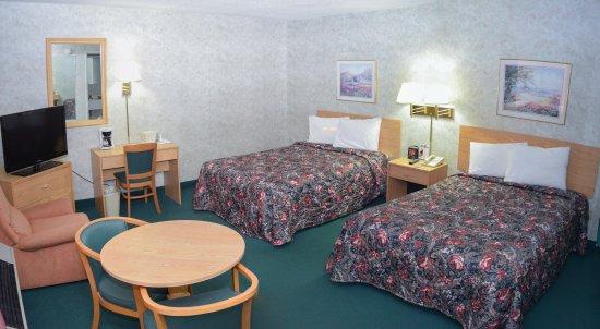 Regency Inn Perrysburg: RoomDoubleBed