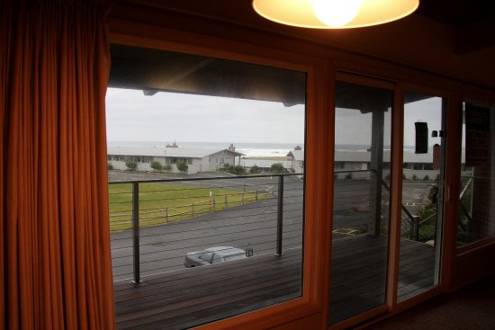 Gearhart, OR: The Front Deck and view from Pacific Terrace 436