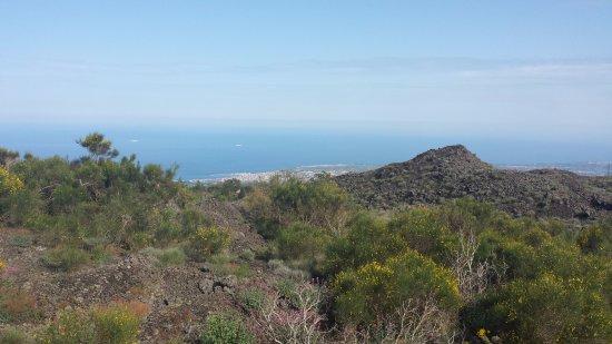 """Turismo rurale """"Ai Vecchi Crateri"""": ai vecchi crateri sotto l'etna"""