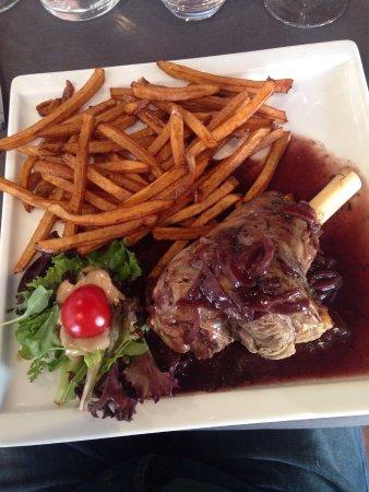 Restaurant la tambouille dans parthenay avec cuisine for Cuisine 3d parthenay