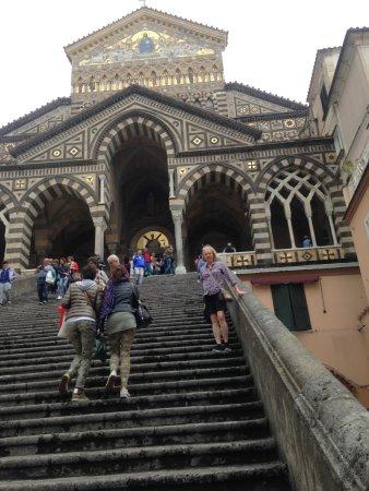 Duomo di Sant'Andrea Apostolo : The front steps to the Duomo.
