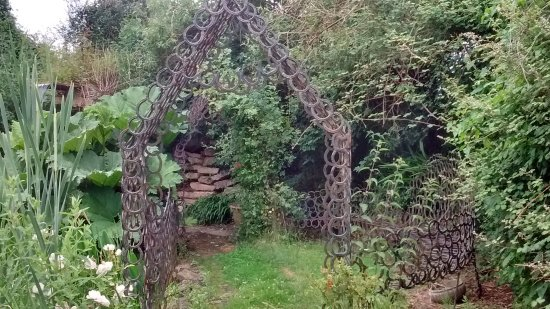 Martock, UK: One of the many garden features made from old horseshoes