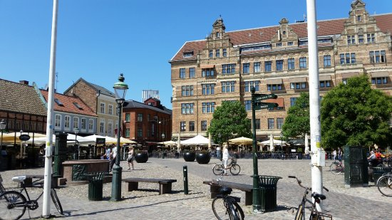 Renaissance Malmo Hotel: Location-Hotel is just off this square.