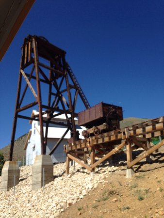 Virginia City Trolley and Carriage Tours