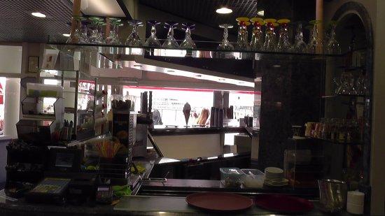 IJssalon Capriccio: Bar