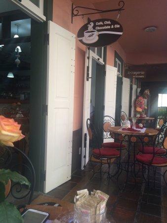 Cafe, Cha, Chocolate e Cia