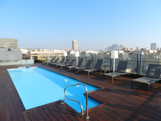 pool at the roof picture of ac hotel alicante alicante. Black Bedroom Furniture Sets. Home Design Ideas