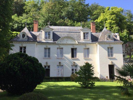 Manoir du Grand Echeneau: A lovely stay in Didier's home
