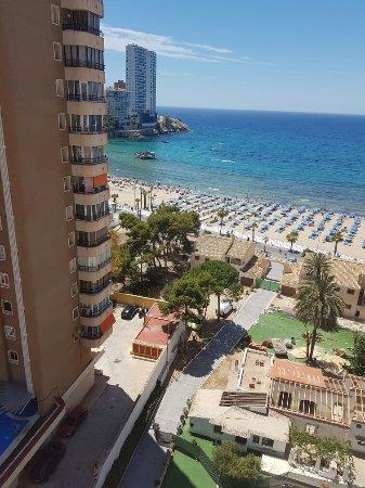Apartamentos Oasis Benidorm: 20160615_131015_large.jpg