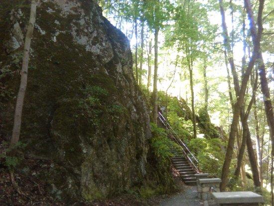 Javoricske Cave