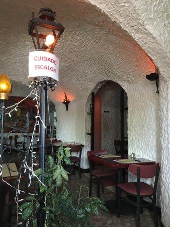 La Cueva del Chicken Inn: photo1.jpg