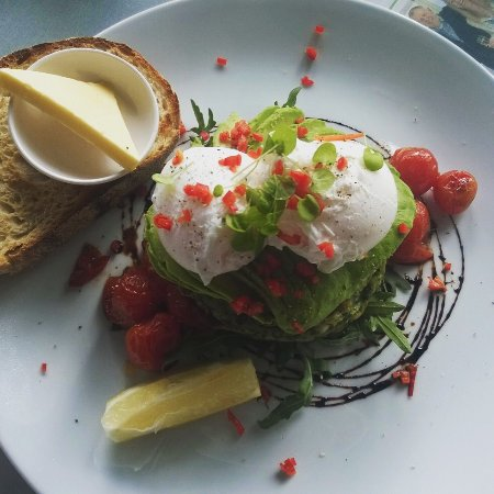 Ballina Gallery Cafe: Green fritters