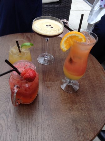 Bedford Hotel: Our delicious cocktails