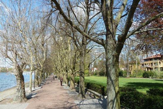 Greenwichpromenade Berlin-Tegel