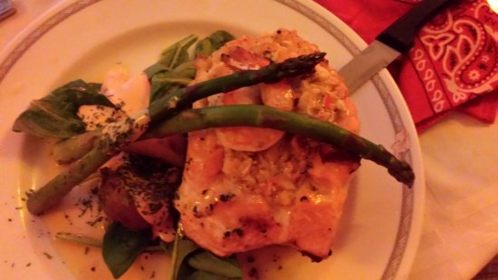 LaBinnah Bistro: Sea Food Stuffed Salmon