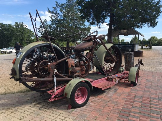 Denison, TX: Loose Wheels