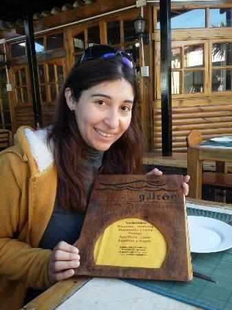 Laguna Verde, Chile: Restaurante El galeón con una empanada de jaiba