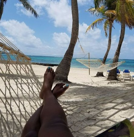 Divi Carina Bay All Inclusive Beach Resort: Pur relaxation with a view....