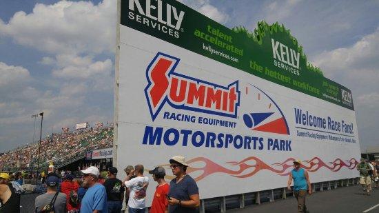 Summit Racing Equipment Motorsports Park: 20160626_153631_large.jpg