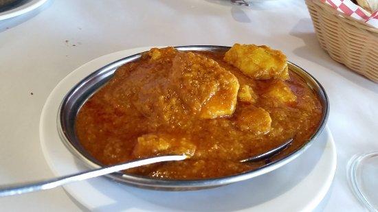 Shehnai Restaurant: Madras Chicken Curry