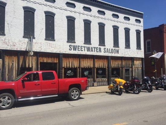 Golconda, Илинойс: Sweetwater Saloon