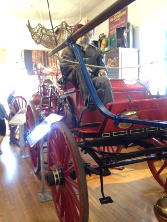 Clapp & Jones steam-powered fire engine - Picture of Liberty